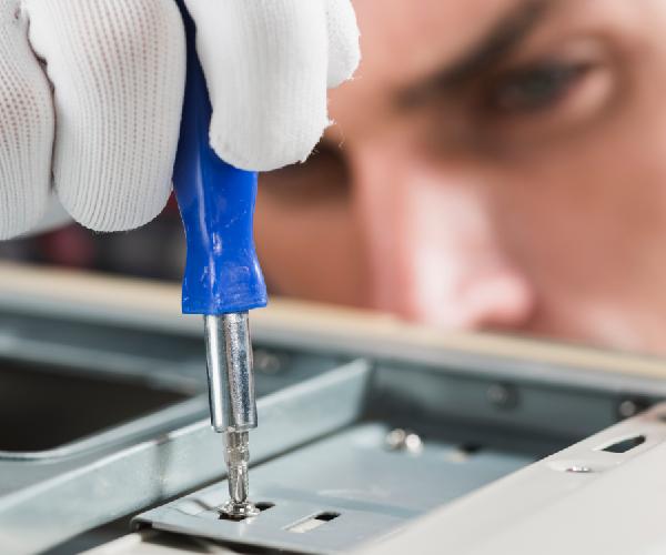 8 Dicas de manutenção preventiva para sua impressora de sublimação funcionar perfeitamente após o recesso de férias.